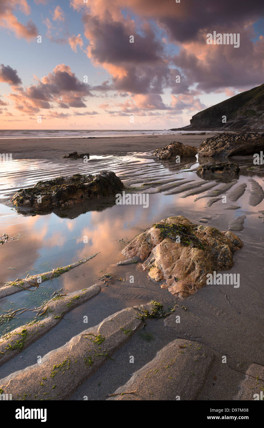 Low tide on the sandy Tregardock Beach, North Cornwall, England. Summer (July) 2012. - Stock Image