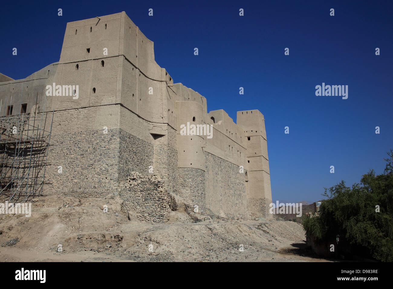 Bahla, fortress Hisn Tamah, in the midst of the town wall lies in the 17th century presumably from the trunk of - Stock Image