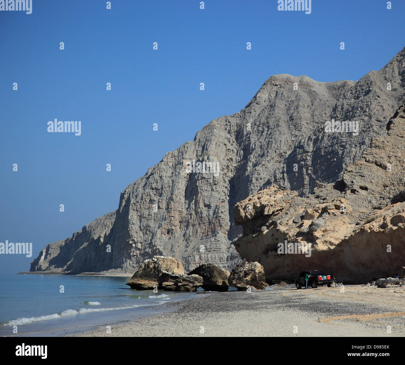 Coast in the Arabian gold, with Bukha, Bucha, in the granny's niches enclave of Musandam, Oman Stock Photo