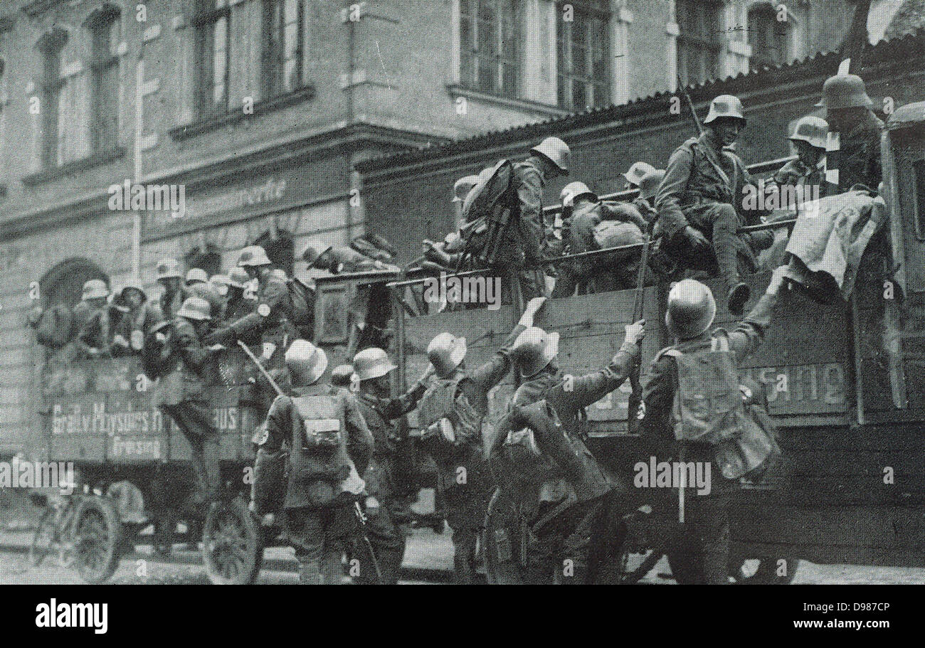 Truckloads of German Freicorps during the 1919-1920 German revolution. - Stock Image