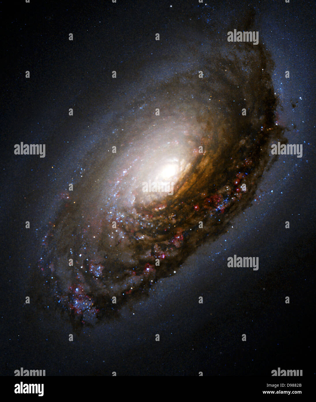 Dust Band Around the Nucleus of 'Black Eye Galaxy' M64. A collision of two galaxies has left a merged star - Stock Image
