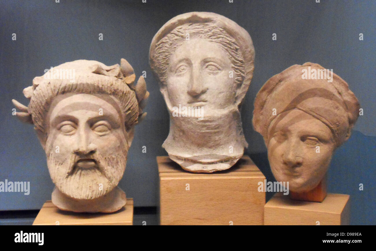 Greek funerary sculpted heads, Ancient Greek circa 300-100 BC - Stock Image