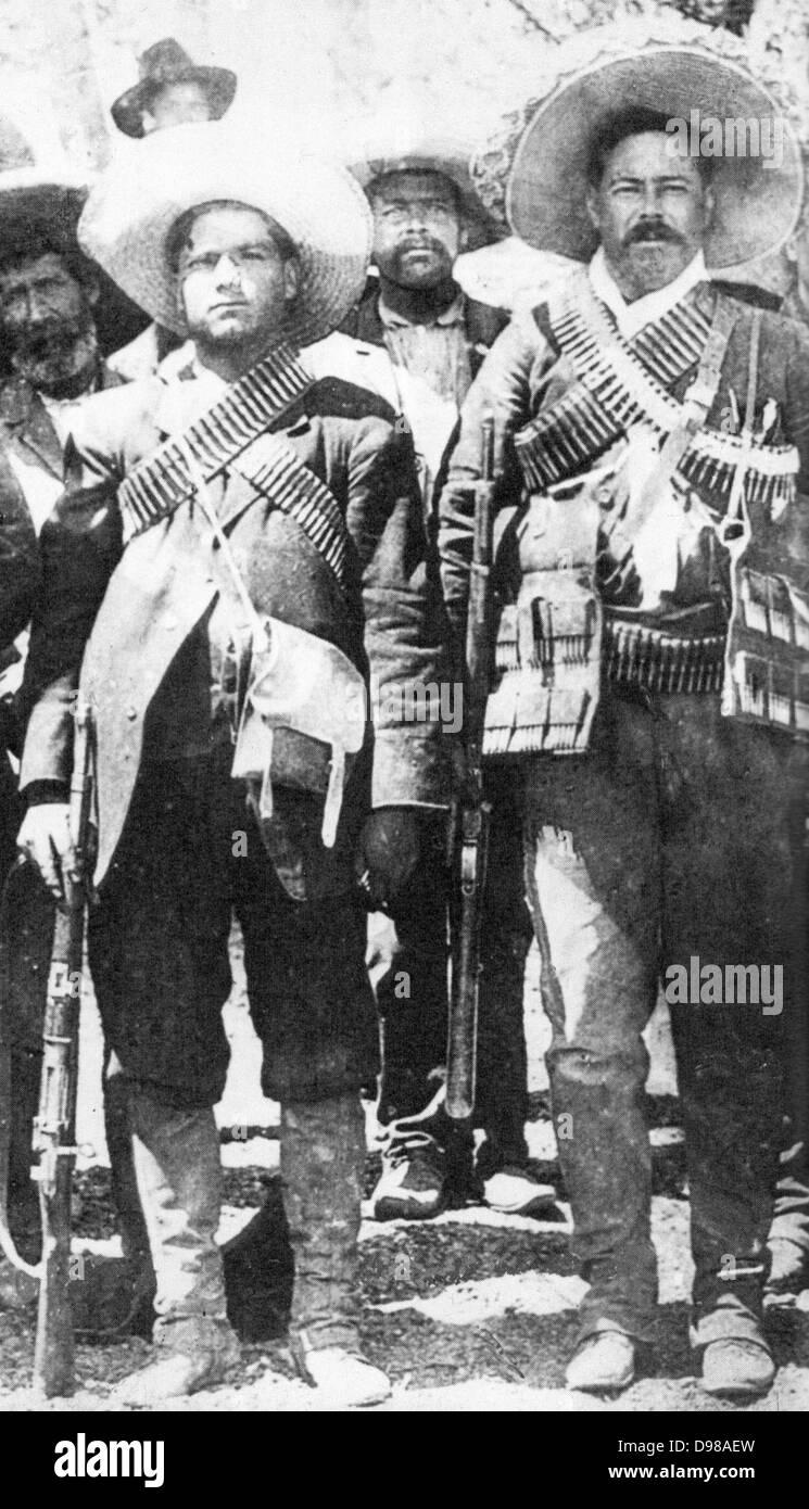 Calixto Contreras (left) with Pancho Villa, 1911 - Stock Image