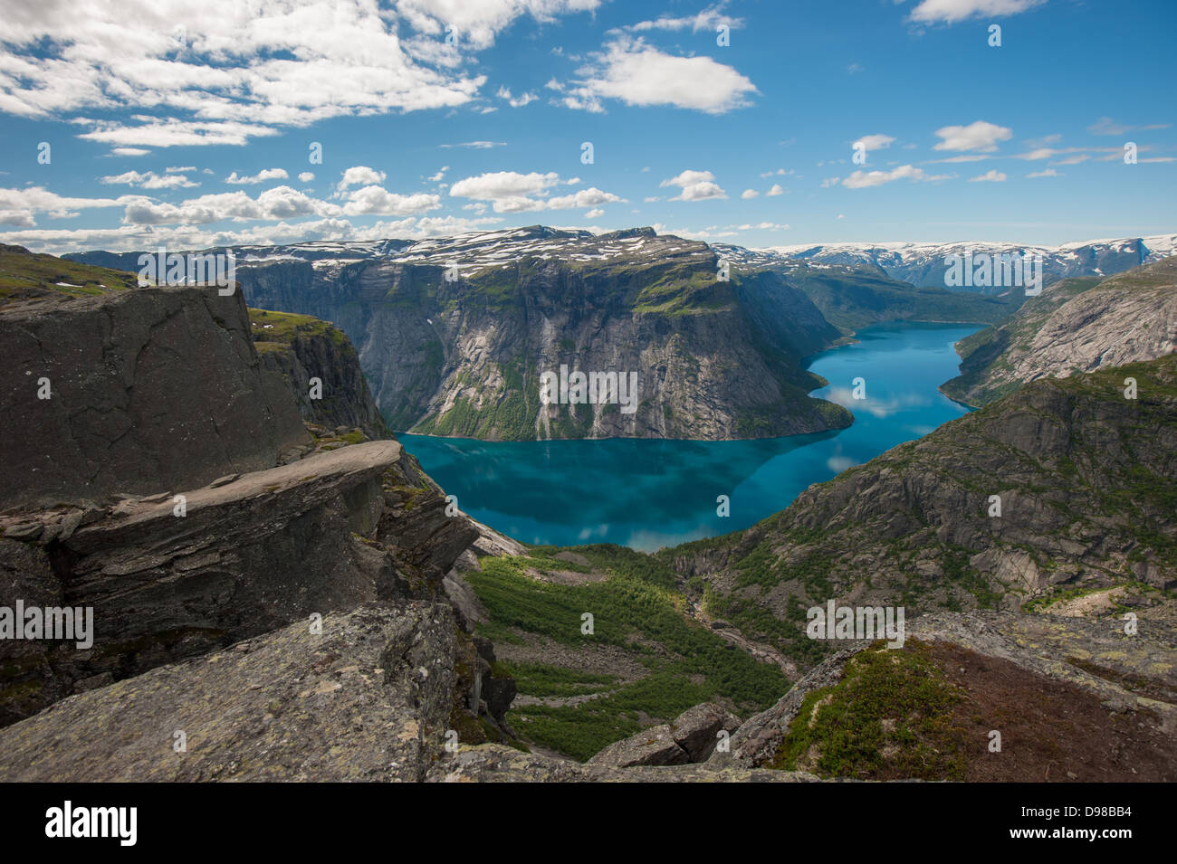 Trolltunga, Troll's tongue rock above lake Ringedalsvatnet, Norway - Stock Image