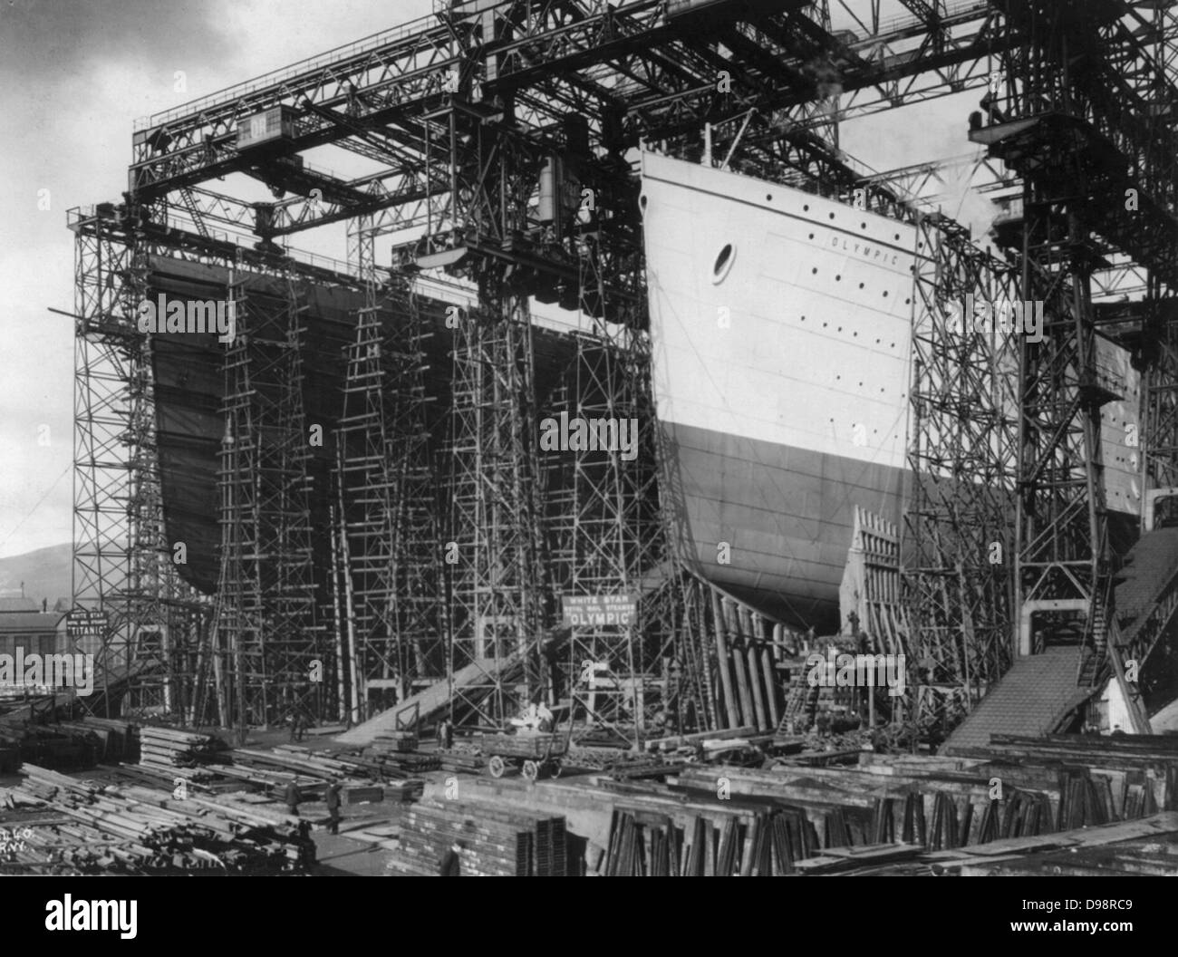 The White Star Line vessels Olympic and Titanic under constructionin Harland and Wolff's shipyard, Belfast, - Stock Image