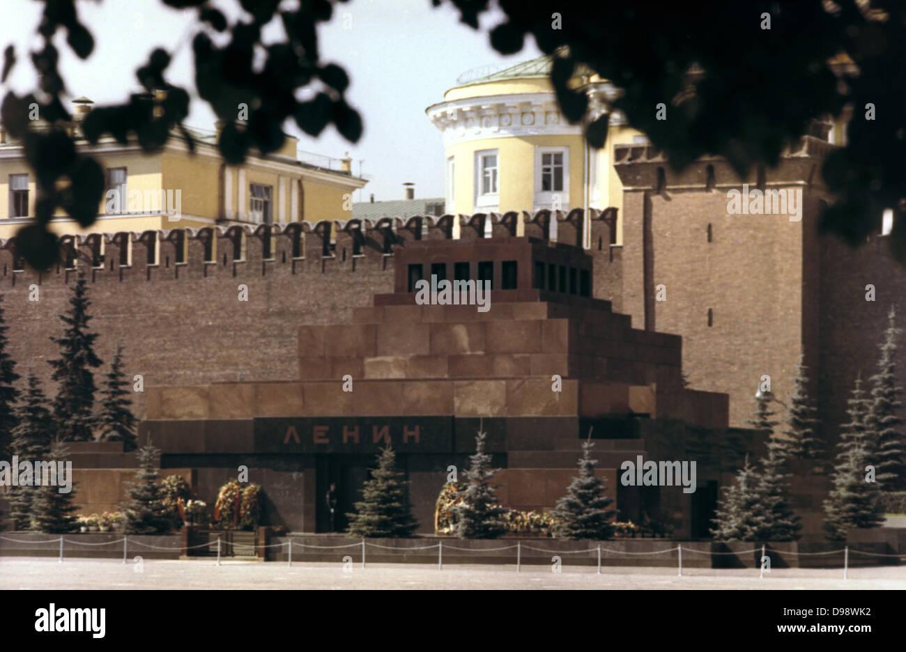 Lenin mausoleum, Red Square, Moscow, c1980. Vladimir Ilyich Lenin (1917-1924) Russian Bolshevik leader. Communist Stock Photo