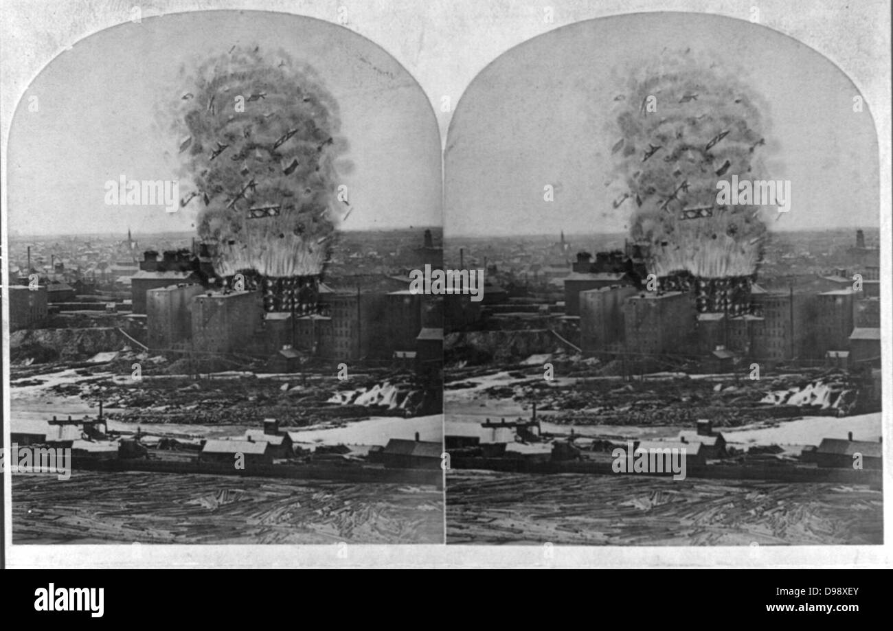 The great mill disaster! c1878. photographic print on stereo card : stereograph. Washburn Mill as it appeared when - Stock Image