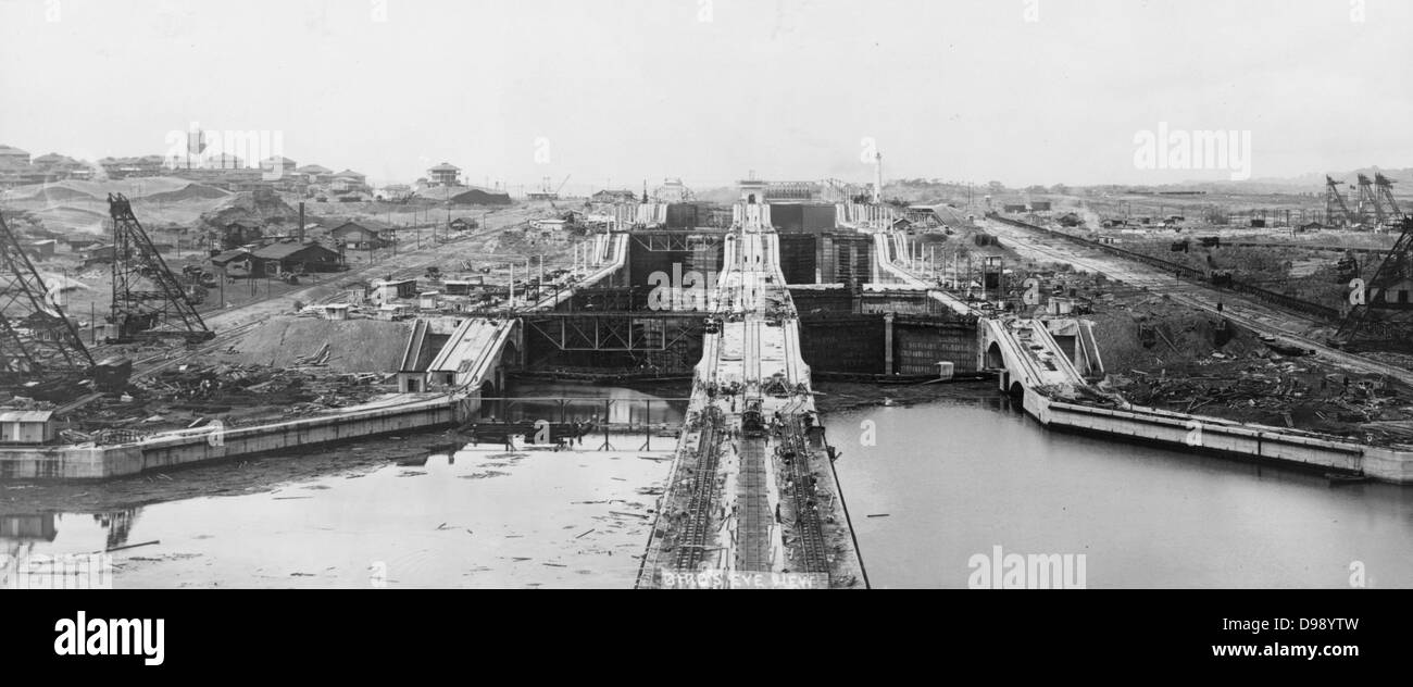 panama canal history stock photos & panama canal history stock