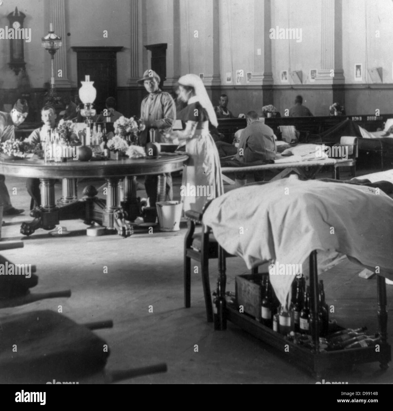 Second Boer War 1899-1902: 'Where the sick and wounded British soldiers are cared for' - interior of the - Stock Image