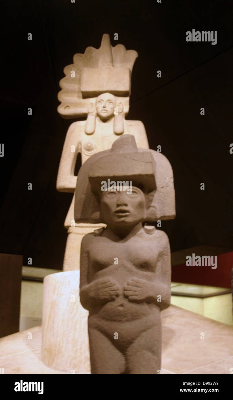 Stone sculpture of Huaxtec female deities. 900-1400 AD, Mexico. Pre-Columbian Mesoamerican Mythology - Stock Image