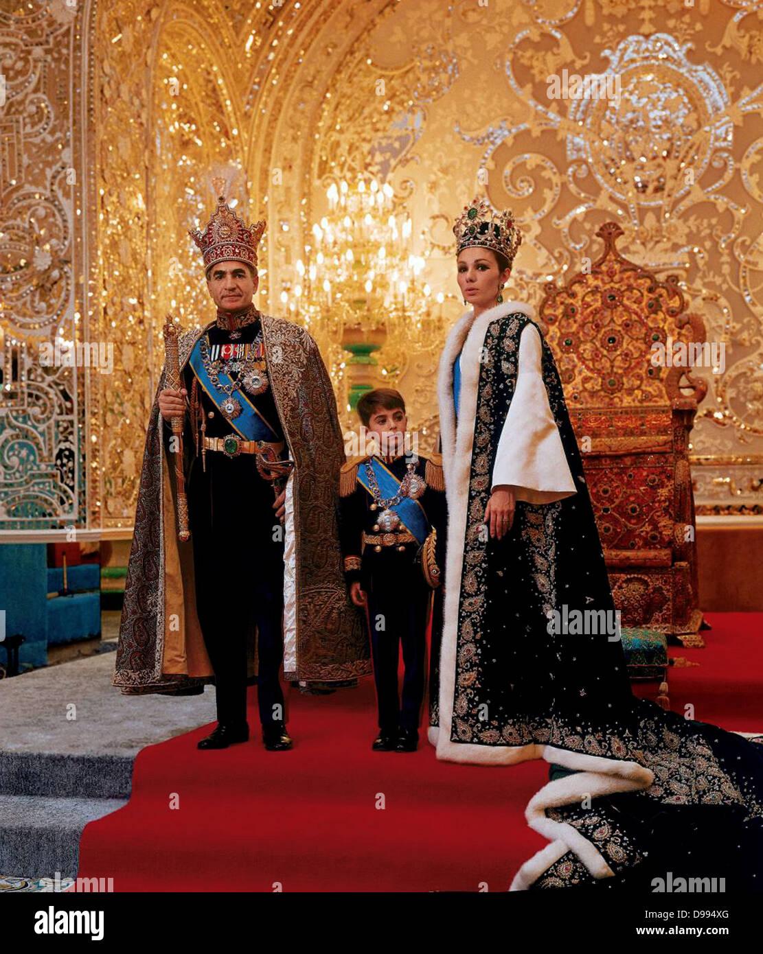 Mohammed Reza Shah Pahlavi (1919-1980) Shah of Iran 1941-1979, with his third wife Farah Diba and their son Reza - Stock Image