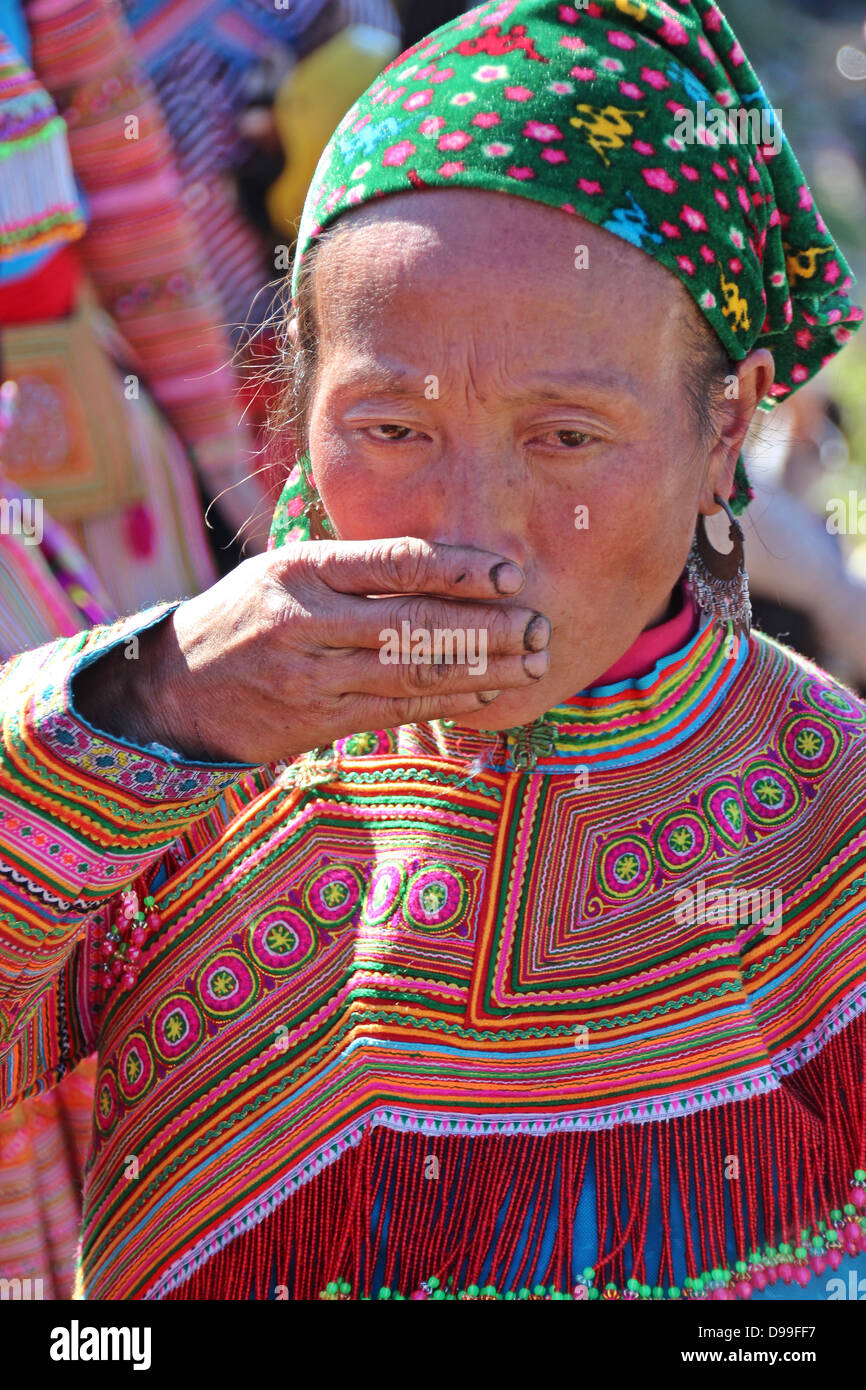 SaPa, Vietnam circa Dec.2012, An undentified woman from the Hmong tribe smiles during the weekly BacHa market in - Stock Image