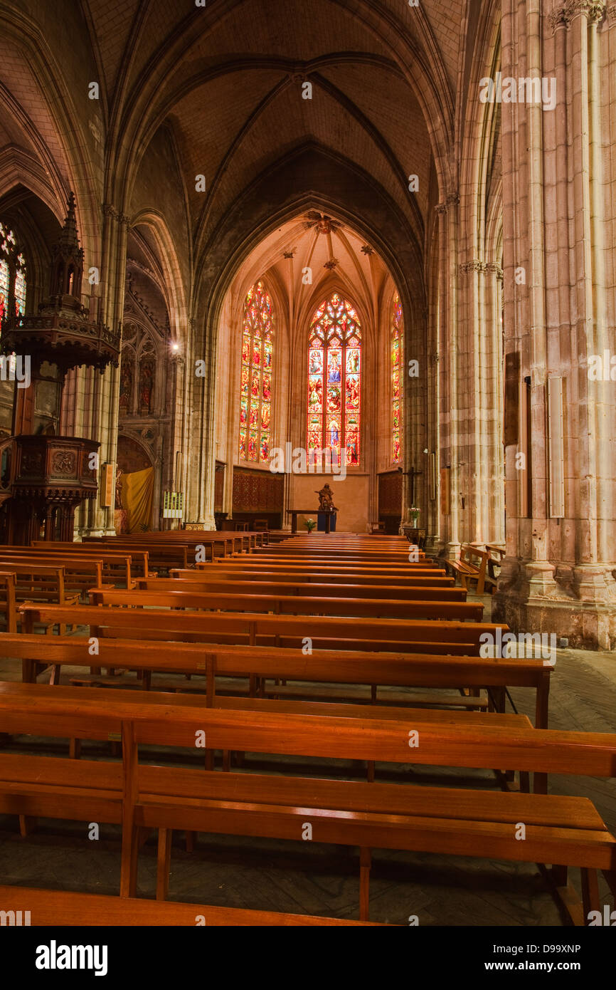 The interior of Eglise Saint Pierre in Bordeaux, France. - Stock Image