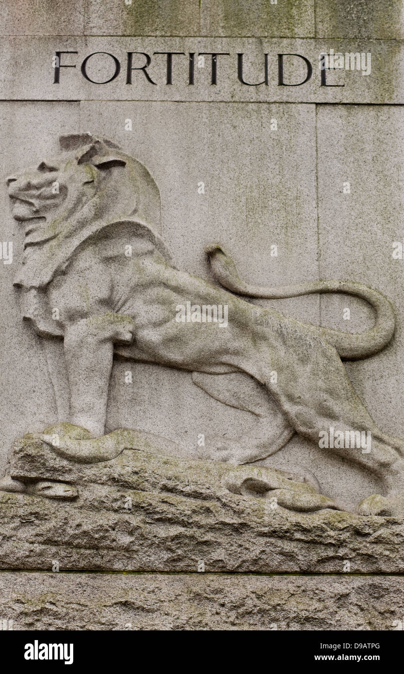 The British Lion Fortitude Stone Statue Edith Cavell Memorial Statue Stock Photo