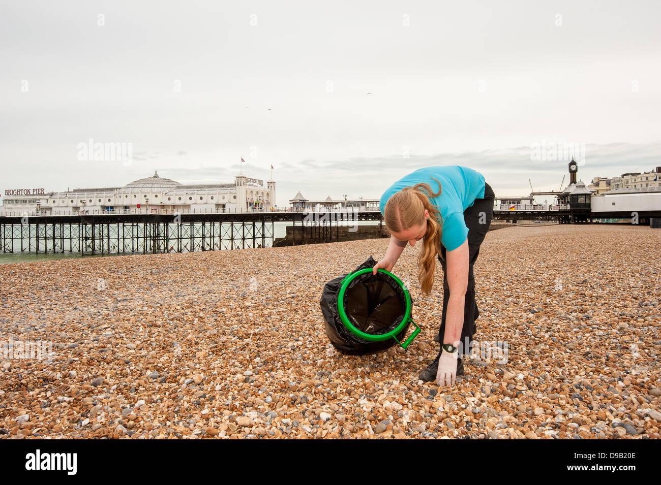 Brighton, UK. 17th June, 2013. Carey Duckworth, curator at  Brighton SeaLife Centre protecting the environment, - Stock Image