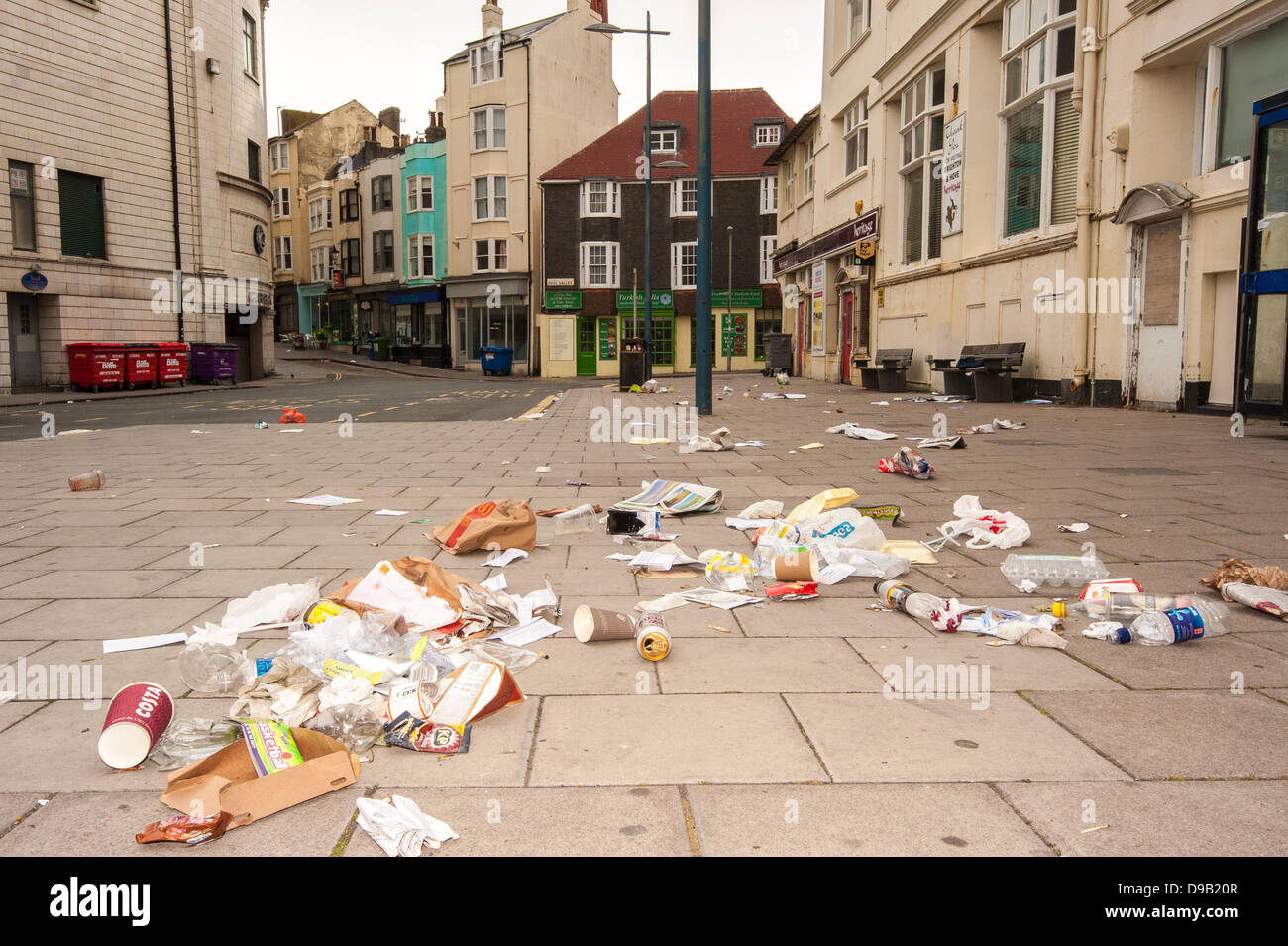 Brighton, UK. 17th June, 2013. Sin Bin City -Rubbish strewn streets in Brighton.  The city's cleaners are on - Stock Image