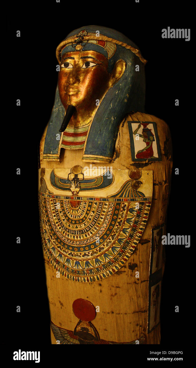 Coffin and Mummy of Irti-Rutja, Ptolemaic Period, 305-30 BC.  Said to be from Akhmim.  Painted, gessoed and gilded - Stock Image