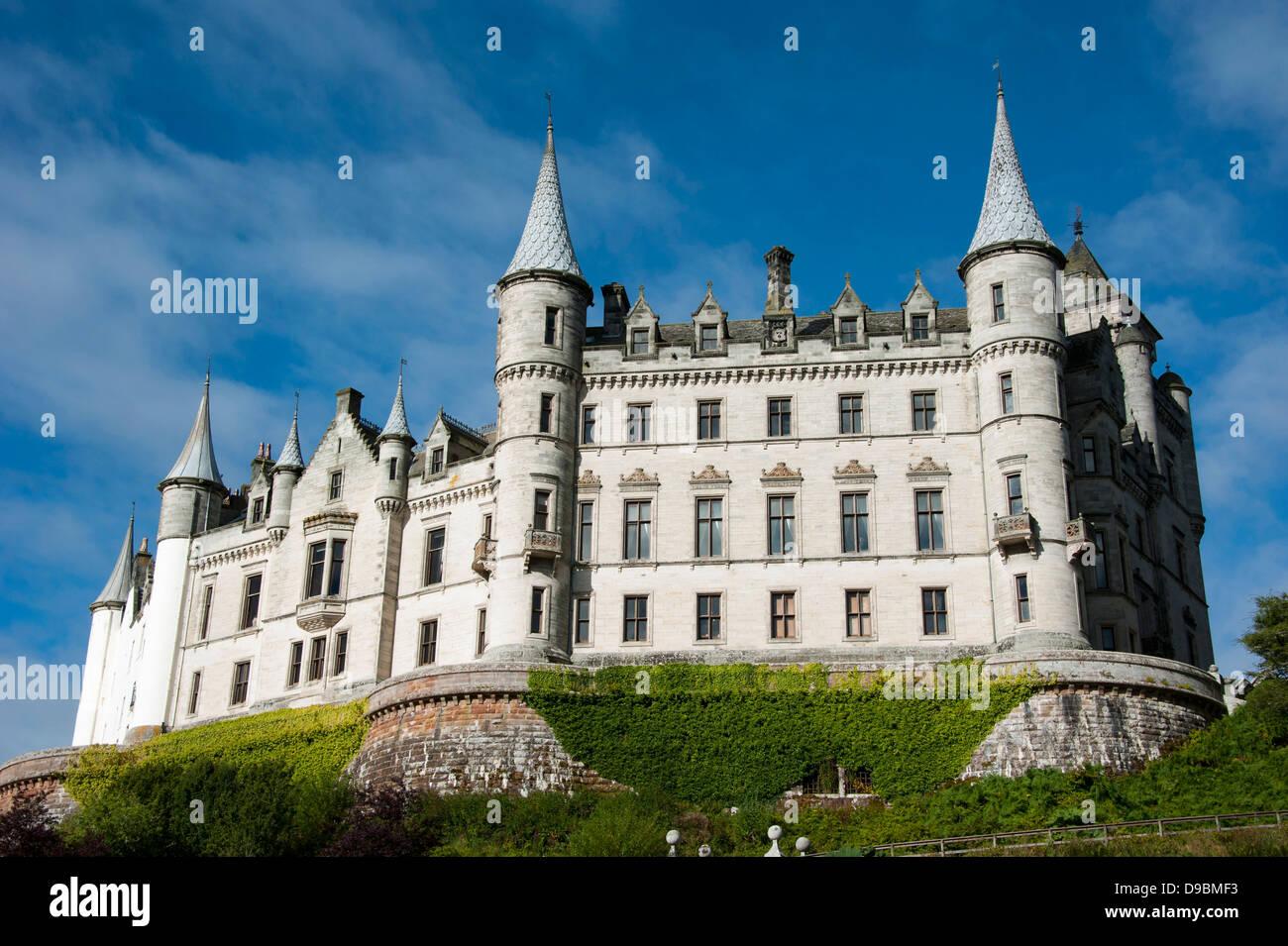 Dunrobin Castle Scotland Sutherland Stock Photos   Dunrobin Castle ... de83eccd56636
