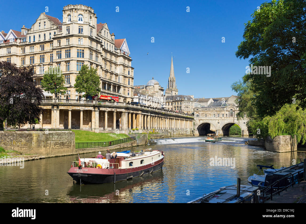 River Avon at Bath, Somerset, England, UK - with Pulteney bridge in the background - Stock Image