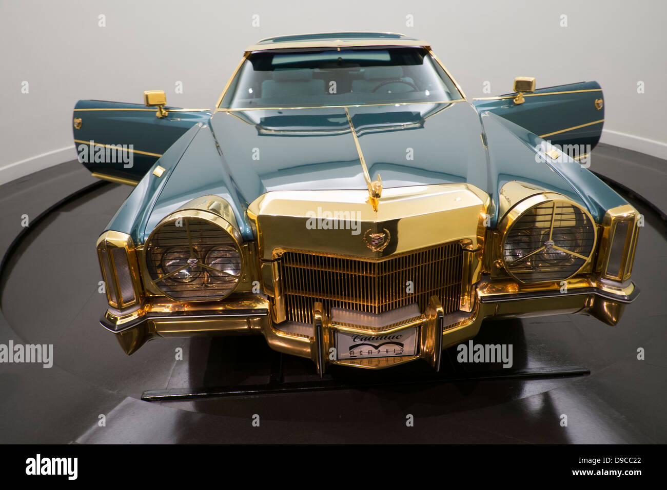 Isaac Hayes 1972 Cadillac El Darado at the Stax records museum, Memphis, Tennessee. - Stock Image