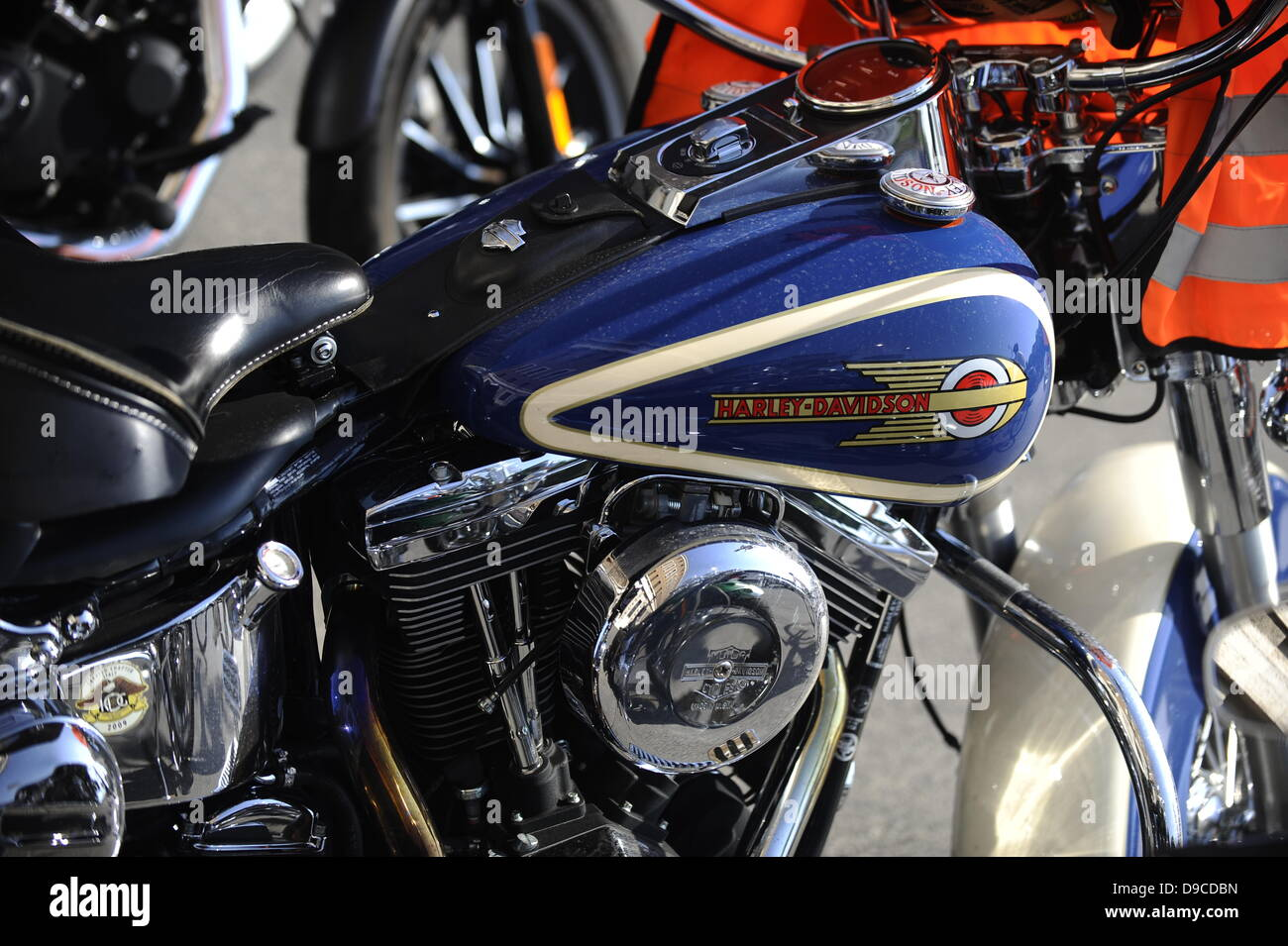 Harley Davidson Stock: Harley Davidson Motorcycle Gas Tank Stock Photos & Harley