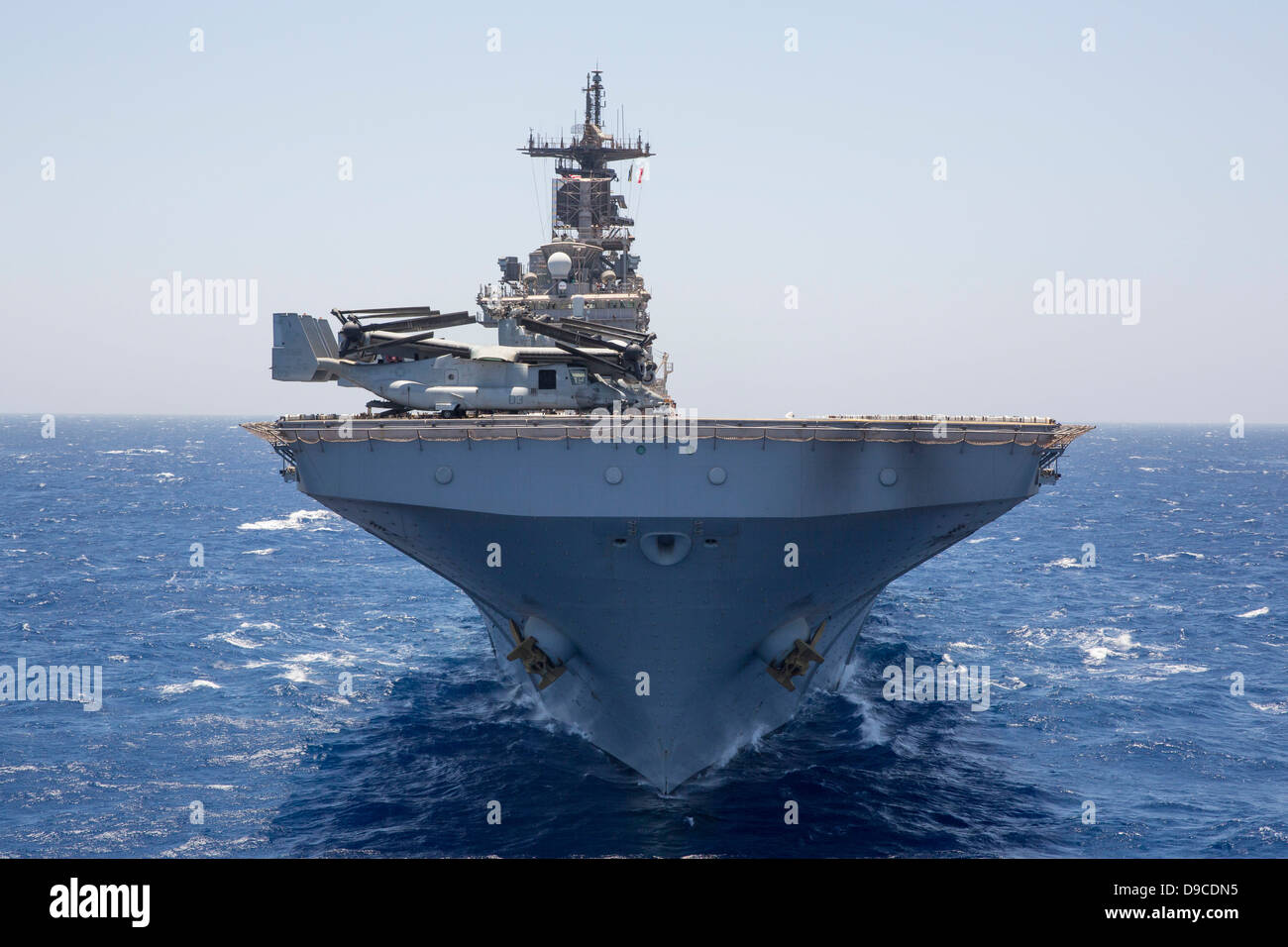 US Navy amphibious assault ship USS Kearsarge during operations June 16, 2013 in the Red Sea. Stock Photo