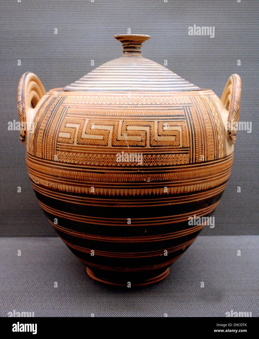 Cinerary Pyxis or jar with lid. Greek burial jar circa 8th Century BC Athens, Greece. - Stock Image
