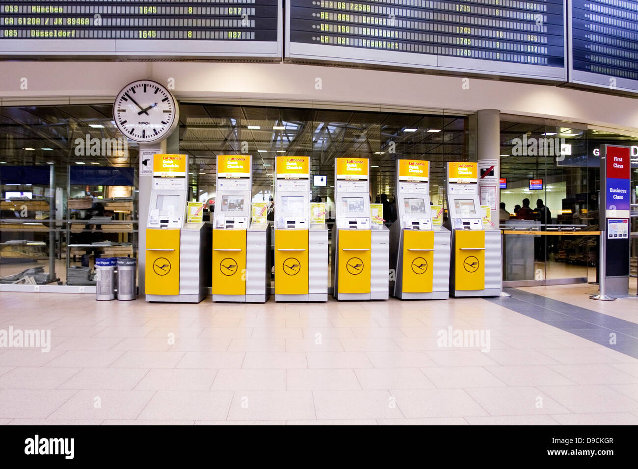 Check in terminals - Stock Image