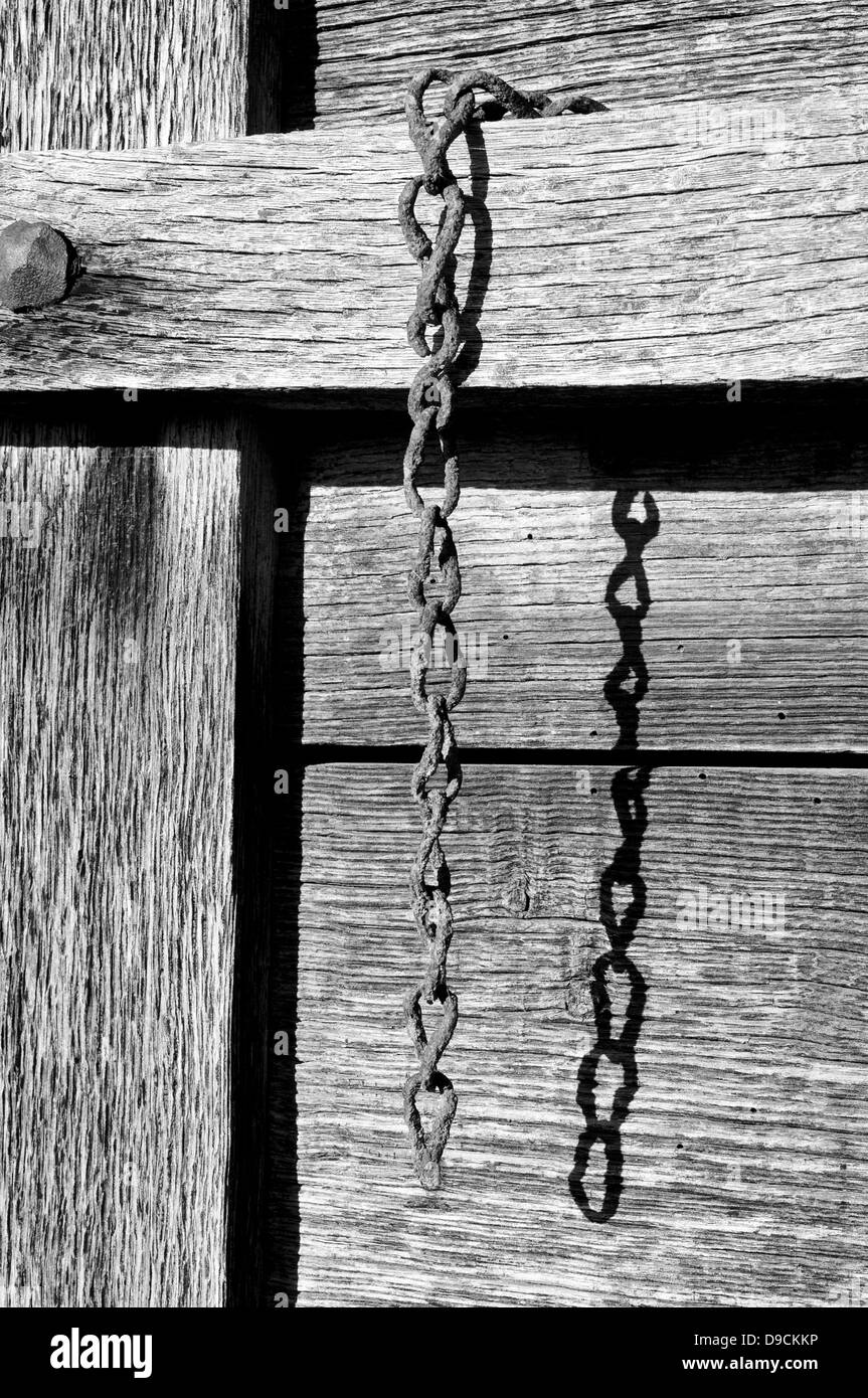 Old and rusty chain in black and white - Stock Image