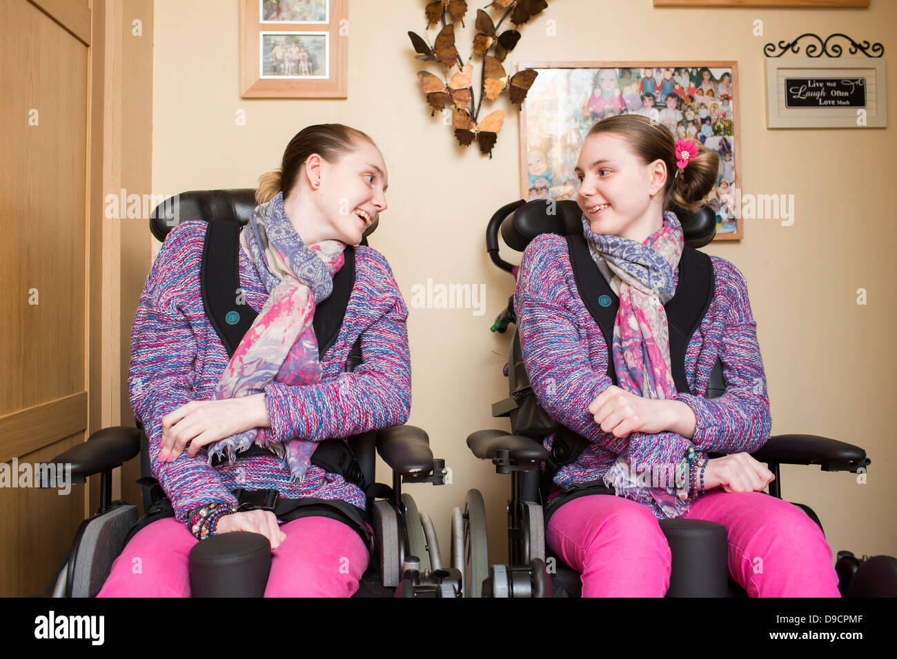 l r catherine and kirstie field at home in llanelli stock photo