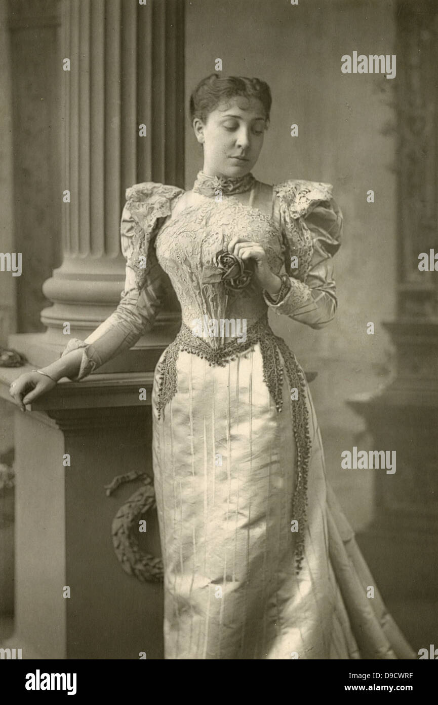 Olga Isabella Nethersole (1867-1951) English actress and producer pictured c1890. In World War I she worked as nurse - Stock Image