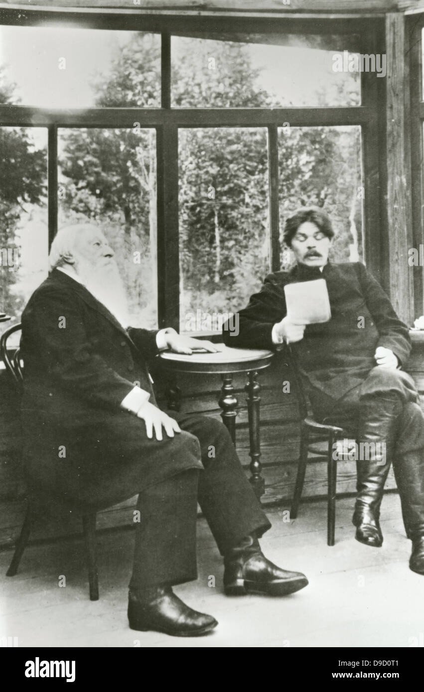Alexei Maximovich Peshko (1868-1936 right, known as Maxim Gorky, Russian and Soviet novelist, playwright, and political - Stock Image