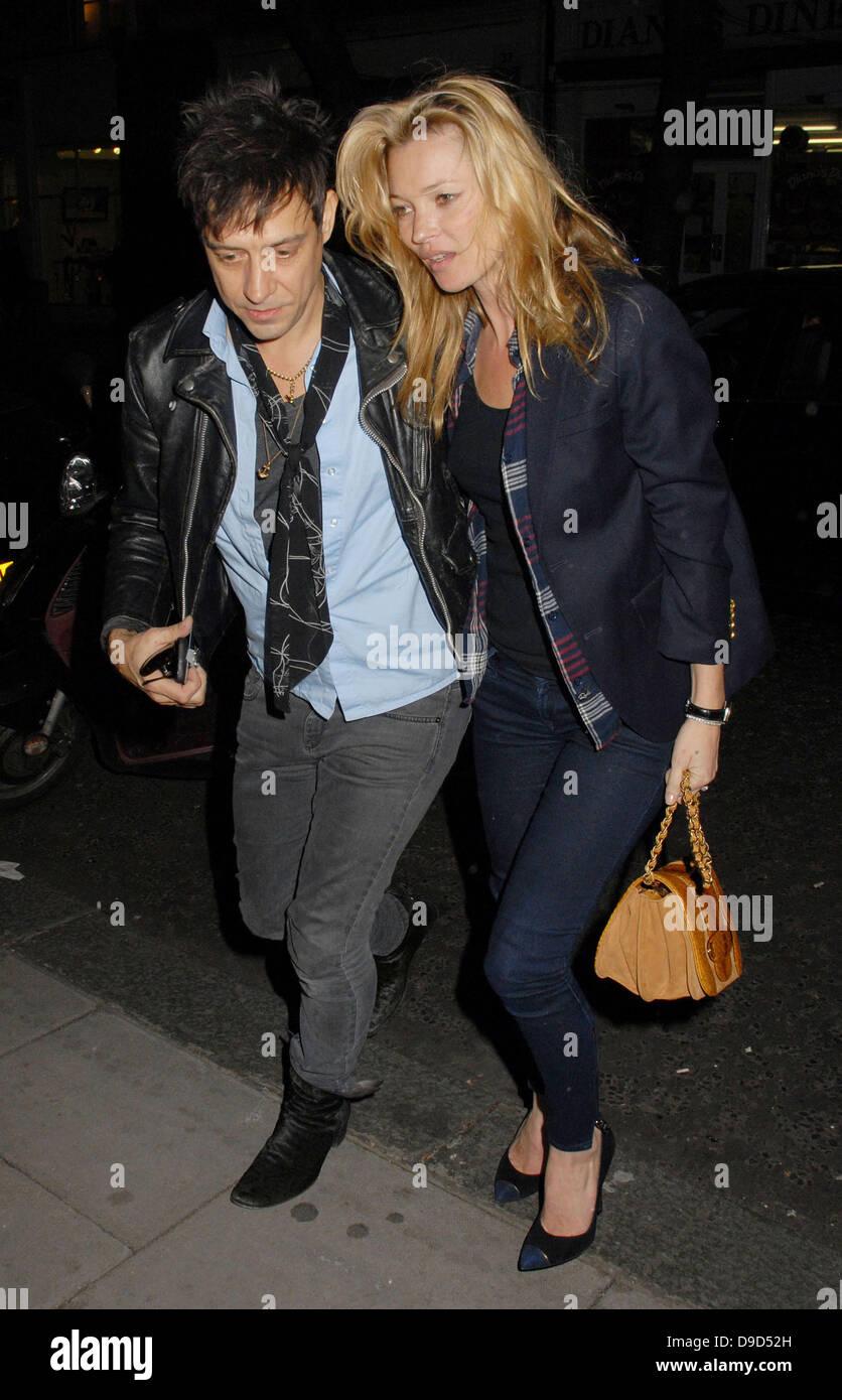 Jamie Hince And Kate Moss Outside The Hospital Club Where Hinces