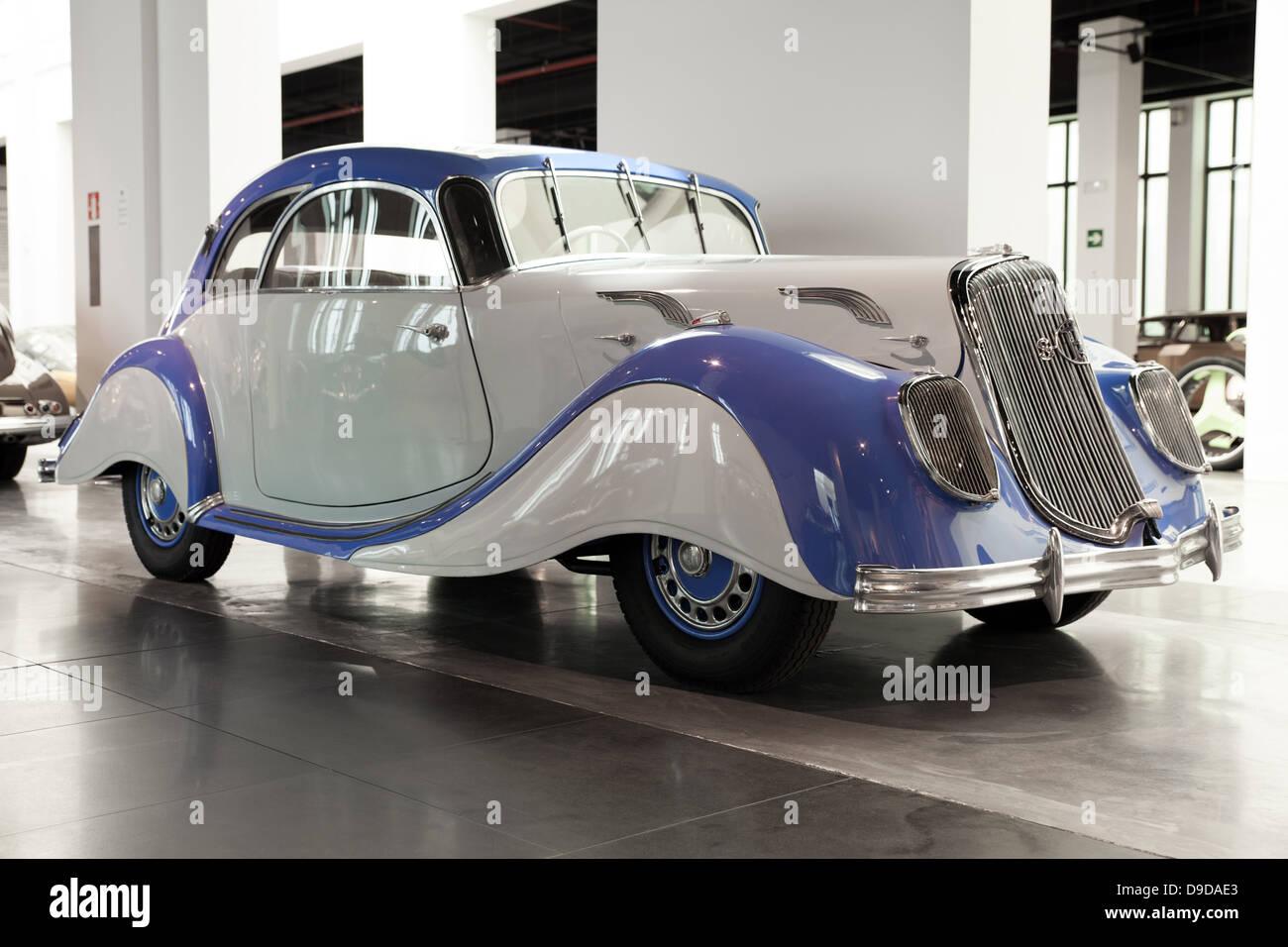 Malaga car museum: Panhard et Levassor classical car model Coupe. Panhard et Levassor was a French car manufacturer - Stock Image