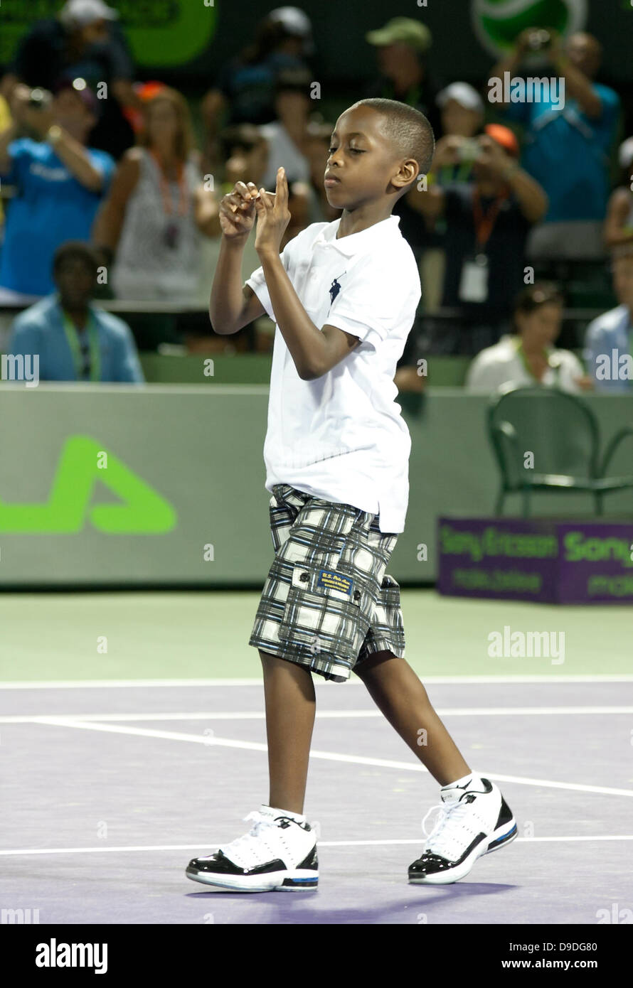 Miami Heat's Dwayne Wade's son Zaire does the coin toss before the 2011 Sony Ericsson Open at Crandon Park - Stock Image