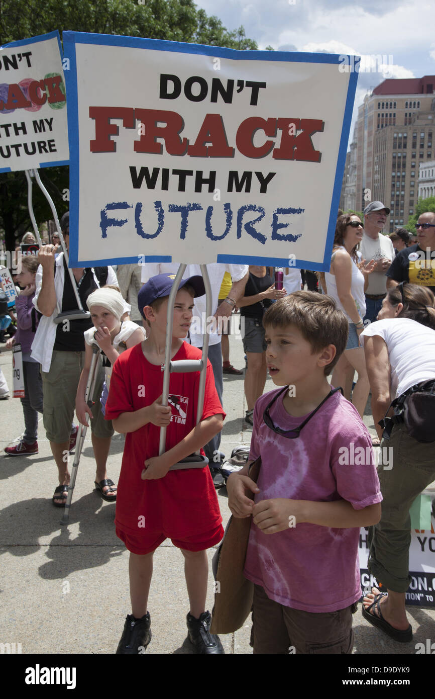 New York, USA. June 17, 2013: Thousands of people descended  on the NY State Capitol from all over to tell Gov. - Stock Image