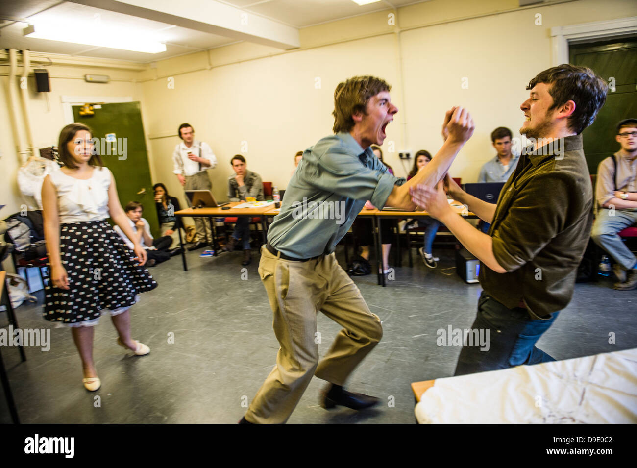 Aberystwyth University students in rehearsals for a production of Arthur Miller's classic drama 'A View - Stock Image