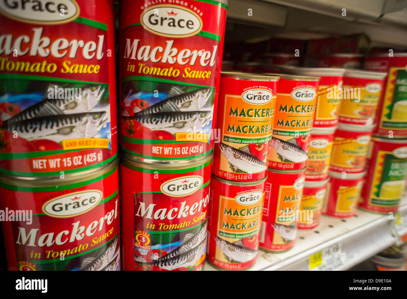 Cans of Grace brand mackerel in a supermarket in New York on Thursday, June 13, 2013. (© Richard B. Levine) - Stock Image