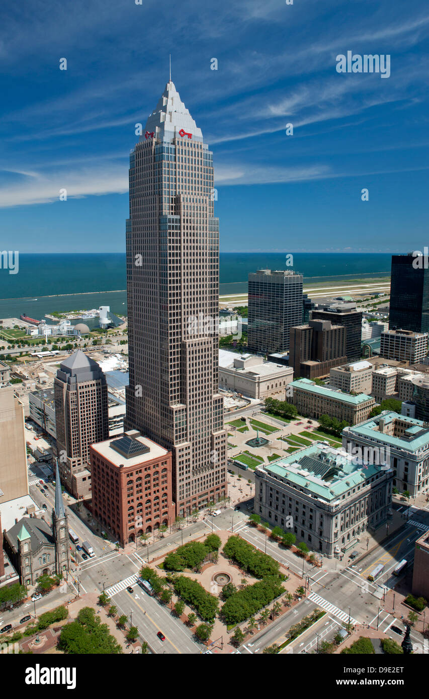 KEYBANK CENTER TOWER DOWNTOWN CLEVELAND LAKE ERIE OHIO USA - Stock Image