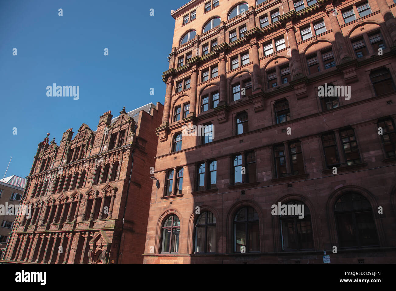 Imposing sandstone office building in Glasgow city centre - Stock Image