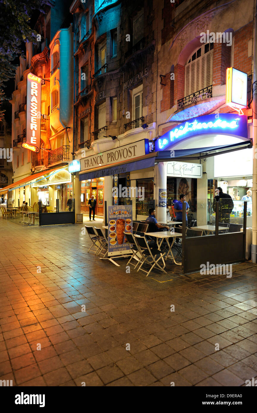 Night admission restaurants, rhyme, Champagne-Ardenne, France, Europe - Stock Image