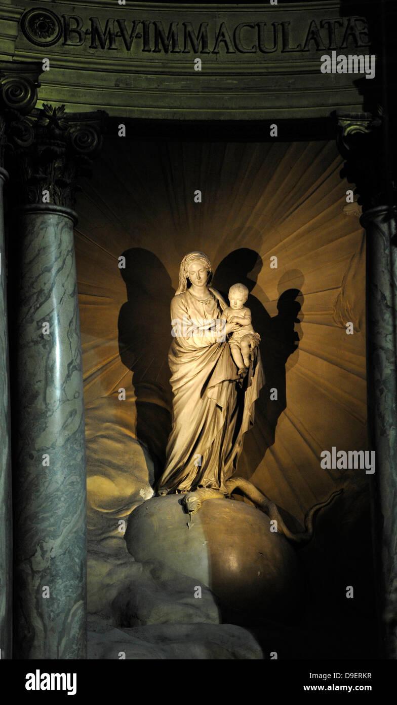 Marien's statue with child Marien's chapel Chapelle de la Vierge Catholic parish church parish church Saint - Stock Image