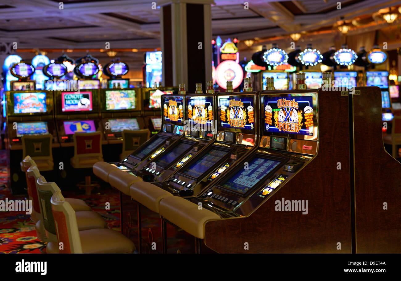 Cherry Master Machines Slot Stand  Arcade Cabinets