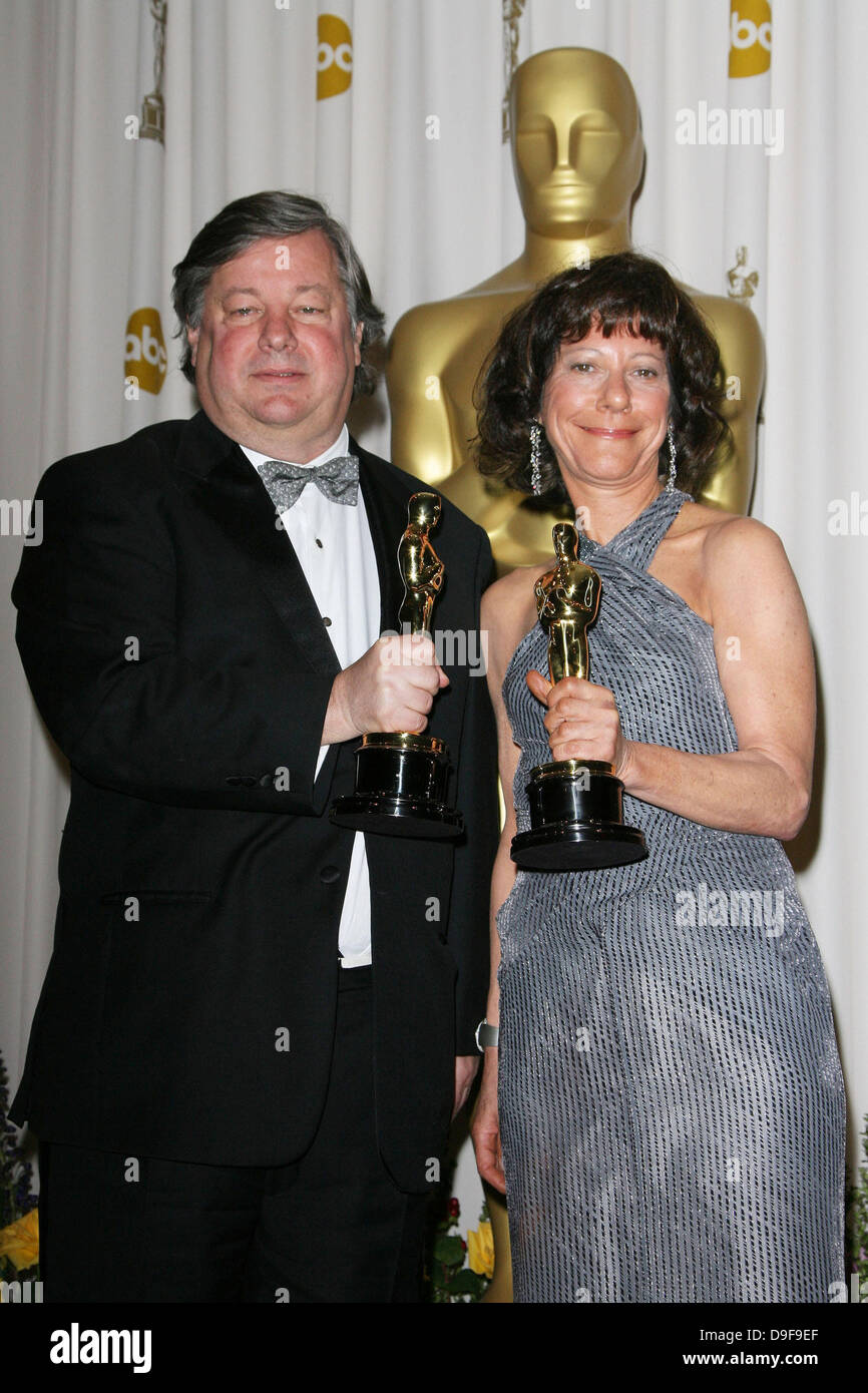 Kirk Simon and Karen Goodman 83rd Annual Academy Awards (Oscars) held at the Kodak Theatre - Press Room Los Angeles, - Stock Image