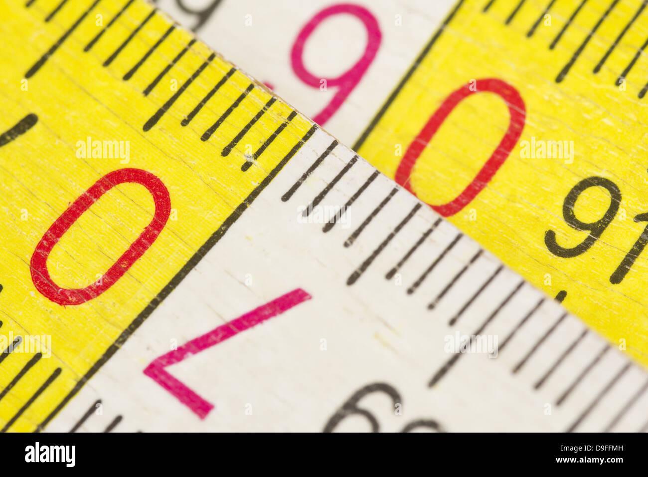 Nahaufnahme von einem Zollstock |Close up of a yardstick| - Stock Image
