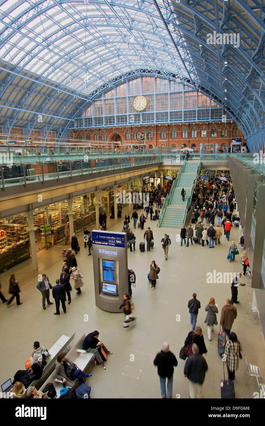 St. Pancras Railway Station, London, England, UK - Stock Image