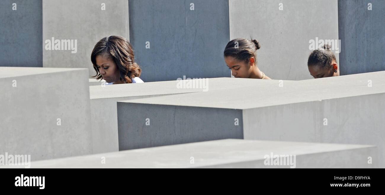 Berlin, Germany. 19th June, 2013. US first lady Michelle Obama (L) visits the Memorial to the Murdered Jews of Europe Stock Photo