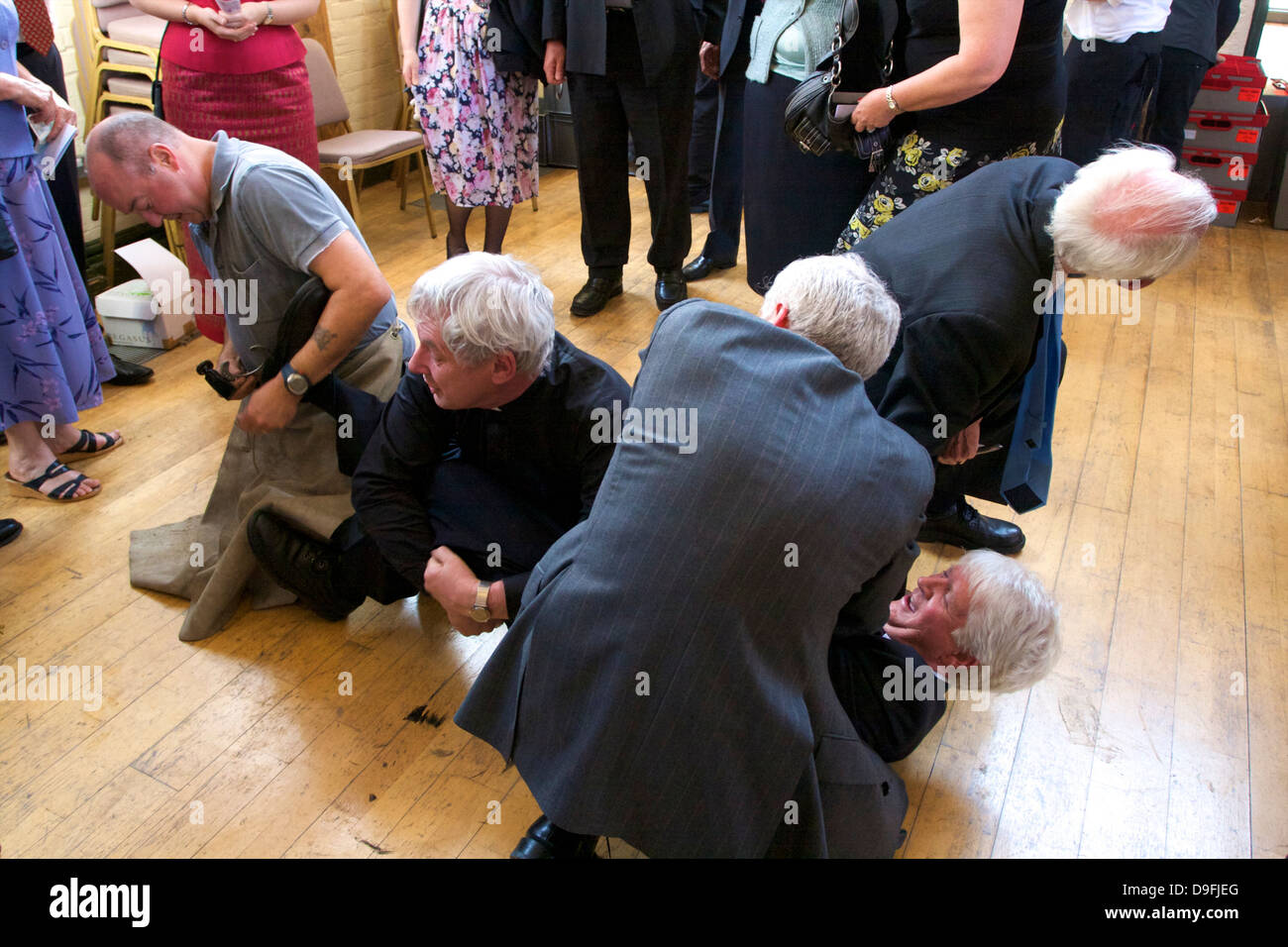 Shoeing the Colts, Tutti Day, traditional annual Hocktide Festival, Hungerford, Berkshire, England, UK - Stock Image