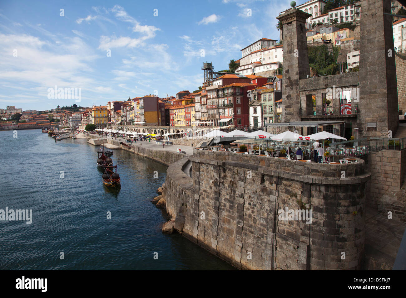 River Douro and old town of Ribeira, Porto, Portugal - Stock Image