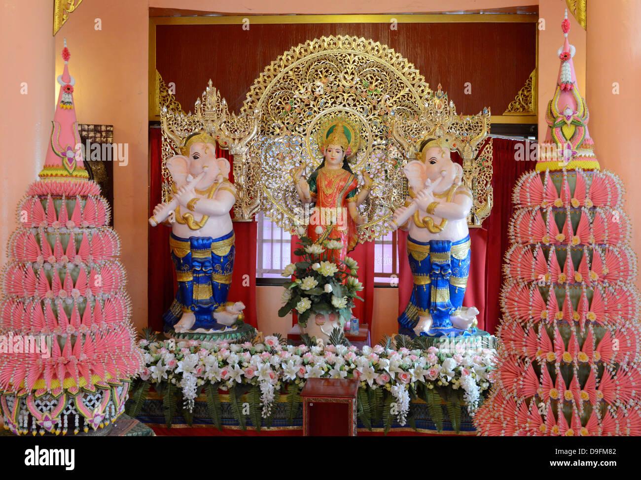 Lakshmi shrine, Wat Doi Wao, Mae Sai, Thailand, Southeast Asia - Stock Image
